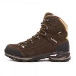 Lowa Vantage GTX Mid Trekking Shoes