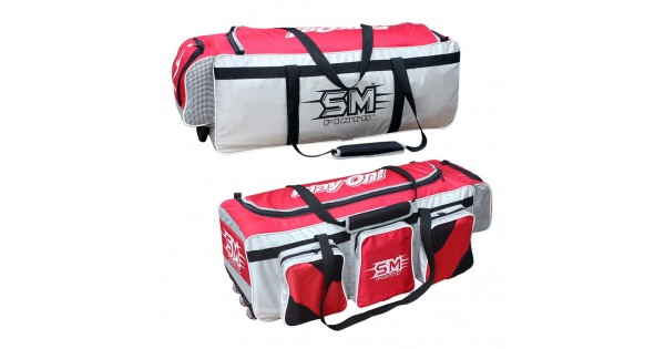 7b01f088c Buy SM Player s Pride Kit Bag Online at Best Price on SportsGEO